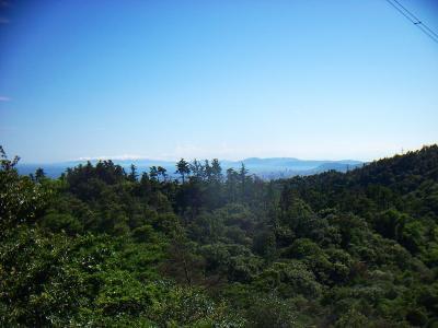 神戸方面は少し遠いけど風吹岩の岩上からちゃんと見える