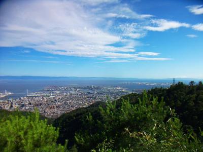 七兵衛山山頂からの展望。夜景を撮りに来るほどの視界でもなかった